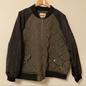Plus quilted raglan utility Bomber